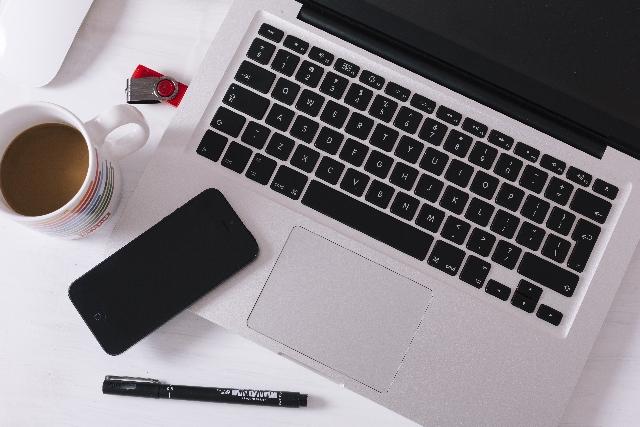 ブログのURLにタイトルを入れたほうがよい?それともid?